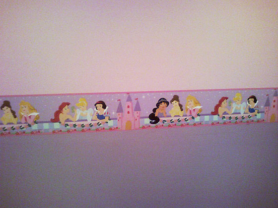 House Located in Roslyn, LI, NY. - Girl's Bedroom Wall - Princess Theme